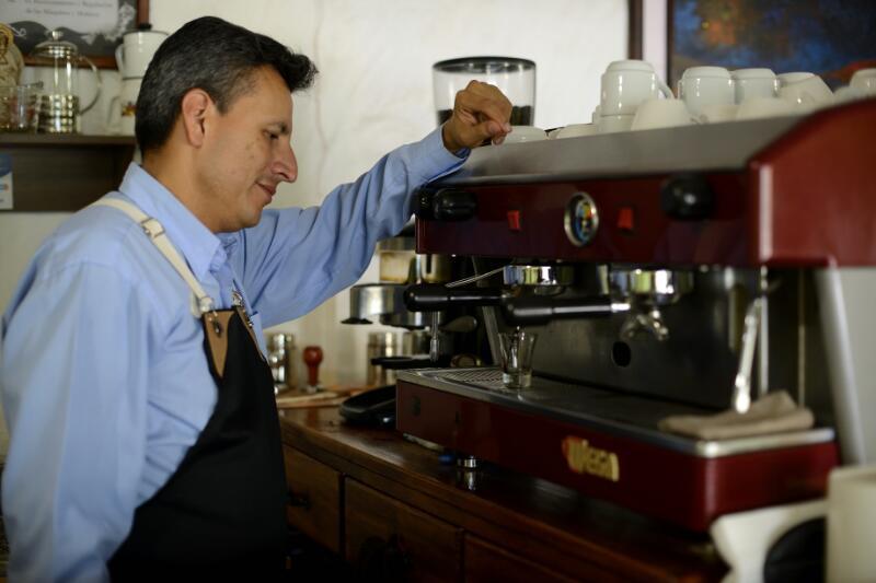 caroai-coffee-barista-cafe